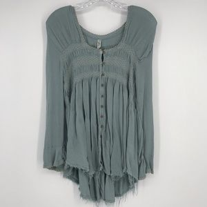 FREE PEOPLE Peasant Blouse with frayed Hem